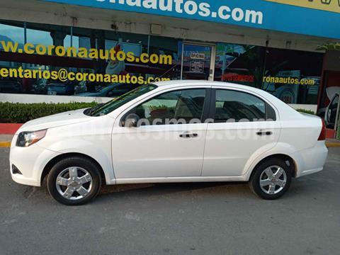 Chevrolet Aveo LS Aut usado (2015) color Blanco precio $99,900