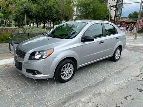 Chevrolet Aveo LS Aa Radio y Bolsas de Aire Aut (Nuevo) usado (2015) color Plata precio $159,900