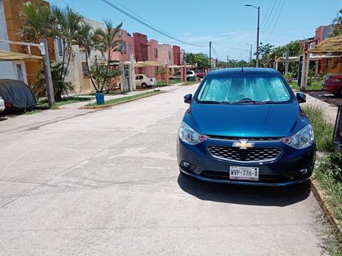 Chevrolet Aveo LT usado (2020) color Azul precio $200,000