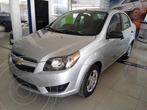 Chevrolet Aveo LS Aa Radio y Bolsas de Aire Aut (Nuevo) usado (2018) color Plata precio $153,900