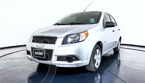 Chevrolet Aveo LS usado (2017) color Plata precio $140,999