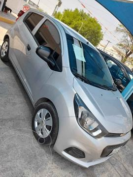 Chevrolet Beat Hatchback LT usado (2018) color Plata precio $120,000