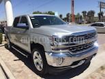Foto venta Auto usado Chevrolet Cheyenne 2500 4x4 Crew Cab LTZ  (2017) color Gris Metalico precio $689,000