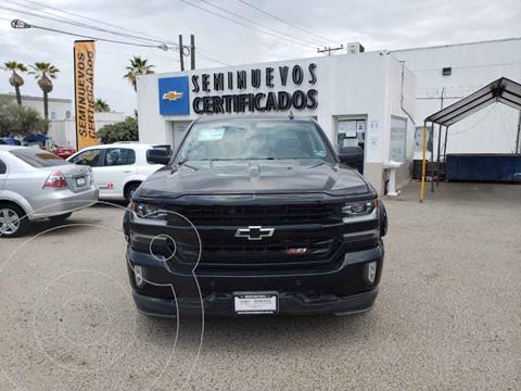 Chevrolet Cheyenne 2500 4x4 Doble Cabina Midnight Edition usado (2017) color Negro precio $685,000