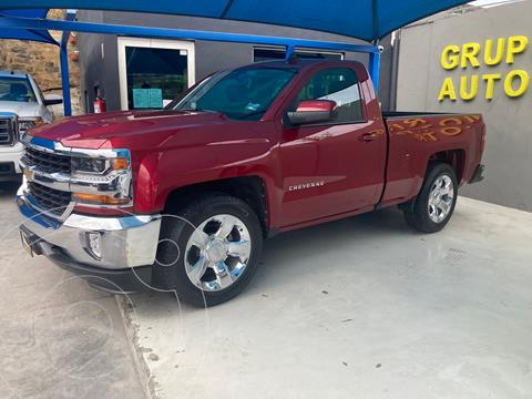 Chevrolet Cheyenne Cabina Regular (LT) 4X2 usado (2018) color Bordo precio $529,000