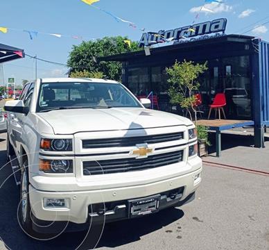 Chevrolet Cheyenne Cabina Doble High Country 4X4 usado (2015) color Blanco precio $510,000