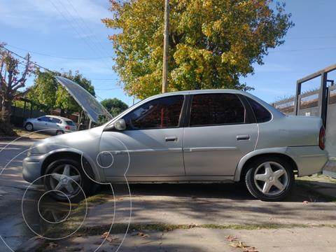 Chevrolet Corsa Classic 4P 1.4 GLS usado (2009) color Plata precio $490.000