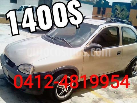 foto Chevrolet Corsa 2p A-A L4,1.6i,8v S 1 1 usado (2001) color Marrón precio u$s1.400