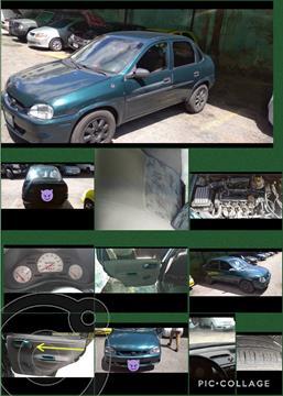 Chevrolet Corsa 4 Puertas Sinc. A-A usado (2001) color Verde precio u$s1.750