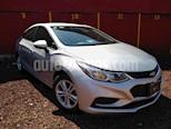 Foto venta Auto usado Chevrolet Cruze LS (2017) color Plata Brillante precio $235,000