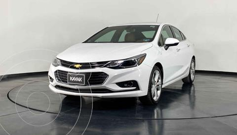 Chevrolet Cruze Premier Aut usado (2017) color Cafe precio $267,999