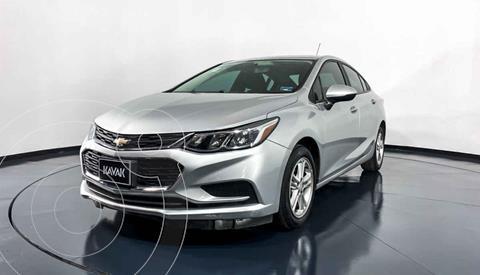 Chevrolet Cruze LS Aut usado (2017) color Plata precio $222,999