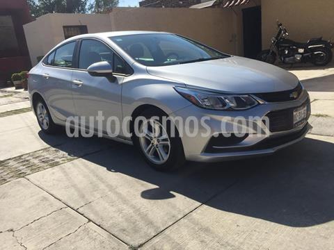 Chevrolet Cruze LS  usado (2018) color Plata precio $220,000