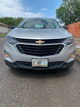 Chevrolet Equinox LS usado (2018) color Plata precio $300,000