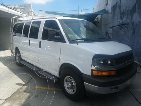 Chevrolet Express LS D 12 pas usado (2017) color Blanco precio $369,000