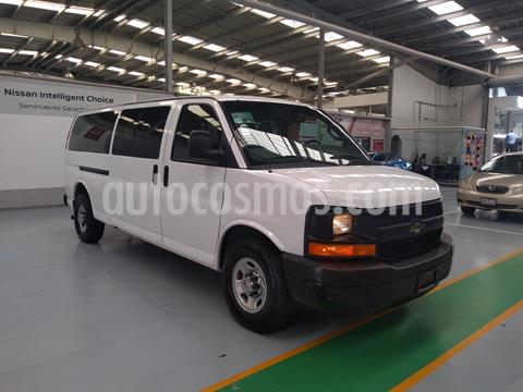Chevrolet Express Passenger Van LS 15 pas 5.3L usado (2016) color Blanco precio $329,000