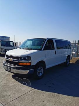 Chevrolet Express LS L 12 Pas usado (2017) color Blanco precio $350,000