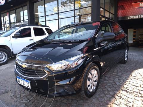 Chevrolet Onix Joy Plus Base usado (2020) color Negro precio $2.360.000