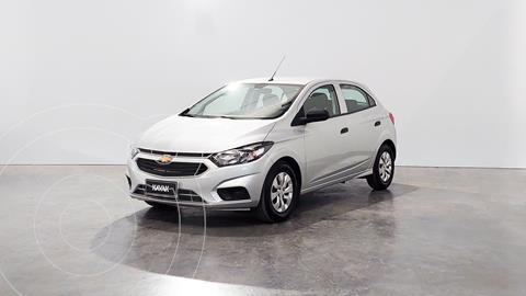 Chevrolet Onix Joy LS usado (2020) color Plata precio $1.570.000