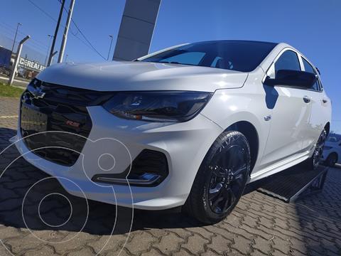Chevrolet Onix 1.0T RS nuevo color Blanco Summit precio $2.150.000