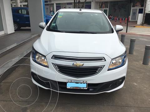 Chevrolet Onix LTZ Aut usado (2015) color Blanco Summit financiado en cuotas(anticipo $580.000 cuotas desde $30.300)