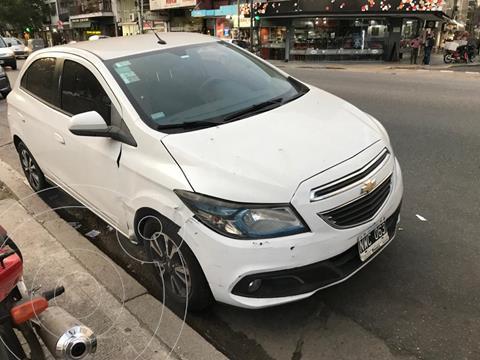Chevrolet Onix LTZ usado (2014) color Blanco precio $900.000