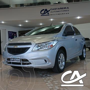 Chevrolet Onix 1.2 LT usado (2015) color Gris Claro precio $968.000
