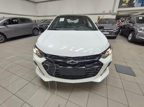 Chevrolet Onix 1.0T RS nuevo color Blanco Summit precio $2.558.800
