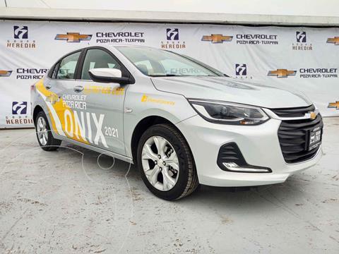 Chevrolet Onix Premier Aut usado (2021) color Plata precio $325,000