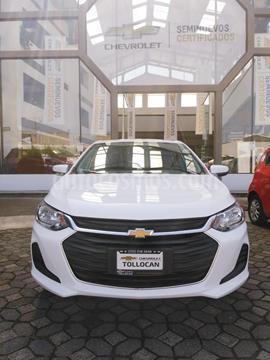 foto Chevrolet Onix LT usado (2021) color Blanco precio $265,000