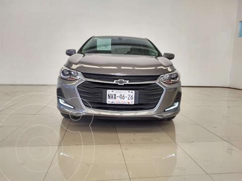 Chevrolet Onix Premier Aut usado (2021) color Gris precio $305,000