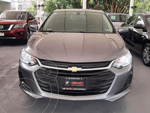 Chevrolet Onix LT usado (2021) color Gris Oscuro precio $274,900