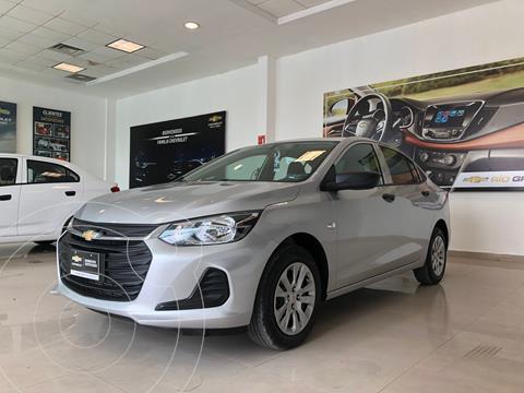 Chevrolet Onix LS Aut usado (2021) color Plata Dorado precio $240,000