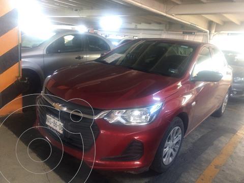 Chevrolet Onix LS Aut usado (2021) color Rojo financiado en mensualidades(enganche $57,000 mensualidades desde $6,067)