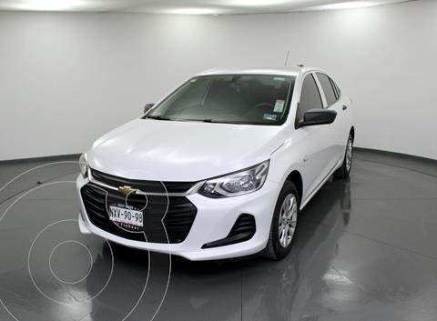 Chevrolet Onix LS usado (2021) color Blanco precio $224,500