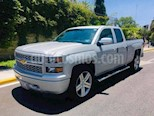 Foto venta Auto usado Chevrolet Silverado 1500 2p Cab Regular V6/4.3 Man (2015) color Beige precio $256,000