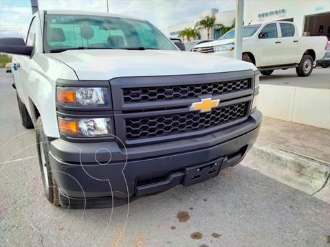 Chevrolet Silverado 1500 Cab Reg WT usado (2015) color Blanco precio $215,000