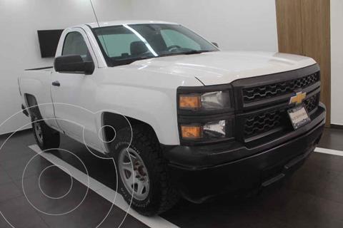 Chevrolet Silverado 1500 Version usado (2015) color Blanco precio $215,000