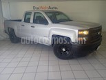Foto venta Auto usado Chevrolet Silverado 2500 4x2 Cab Ext LS V8 (2014) color Plata precio $239,900