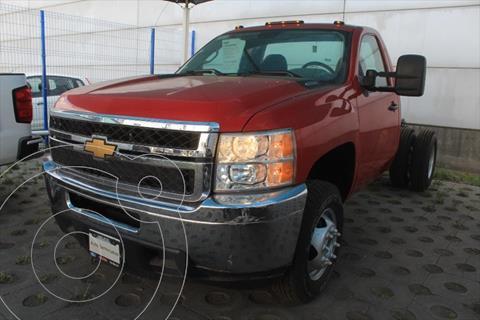 Chevrolet Silverado 3500 6.0 3500 CHASIS CABINA PAQ A V8 MT usado (2012) color Rojo precio $289,000