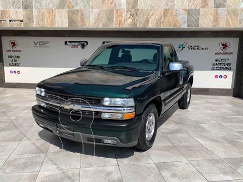 Chevrolet Silverado Custom Cab Reg Paq G Aut usado (2002) color Verde precio $325,000