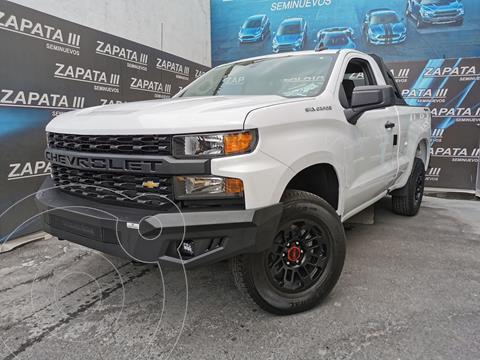 Chevrolet Silverado Cabina Regular 4X4 usado (2021) color Blanco precio $685,000