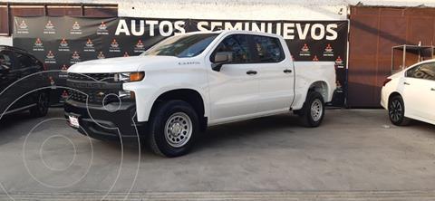 Chevrolet Silverado 4x2 Doble Cabina Paq E usado (2021) color Blanco precio $669,000