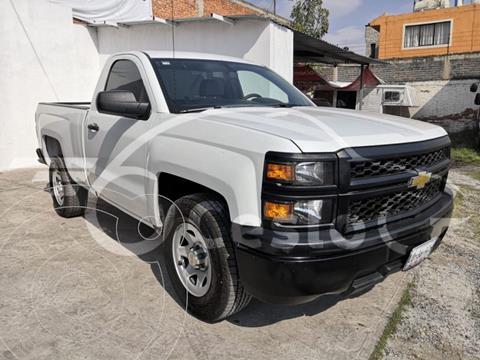 Chevrolet Silverado 1500 CAB REG 4.3L 285HP V6 MT WT + RADIO usado (2014) color Blanco precio $225,000