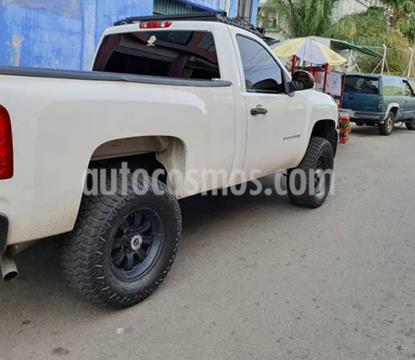 Chevrolet Silverado LS 4x2 usado (2008) color Blanco precio BoF8.000