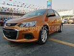 Foto venta Auto usado Chevrolet Sonic LT (2017) color Naranja precio $173,000