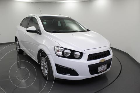 Chevrolet Sonic LT usado (2016) color Blanco precio $129,899