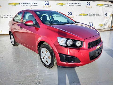 Chevrolet Sonic LS usado (2016) color Rojo precio $150,000
