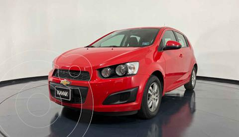 Chevrolet Sonic Version usado (2016) color Rojo precio $157,999