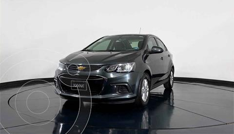 Chevrolet Sonic LT HB Aut usado (2017) color Gris precio $182,999